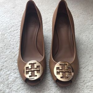 New Tory Burch Sally peep toe wedge shoes